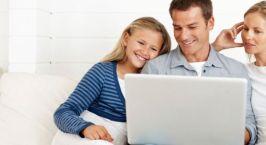 Οι μισοί γονείς ανησυχούν για το διαδίκτυο