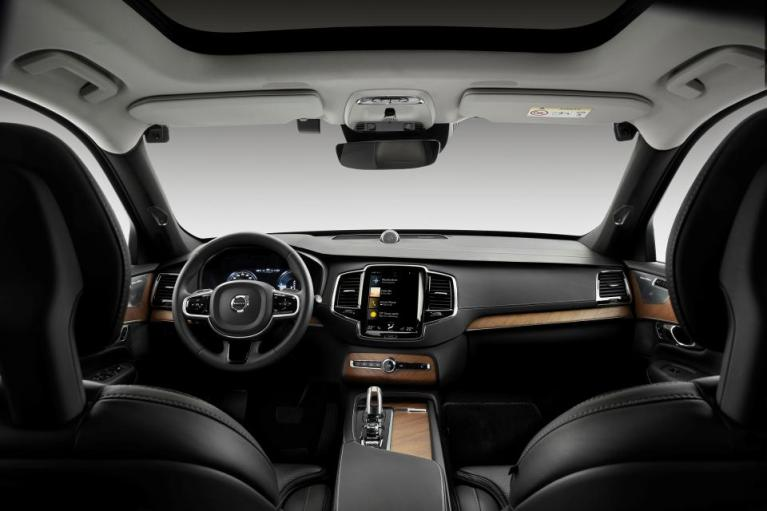 H Volvo επενδύει σε εσωτερικές κάμερες
