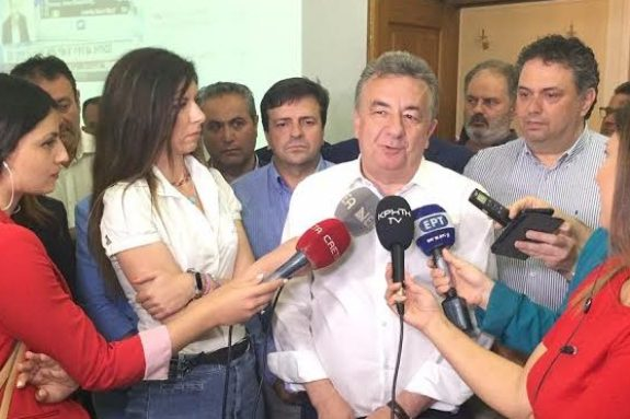 """Σταύρος Αρναουτάκης : """"Νικητής είναι ο Κρητικός λαός"""""""