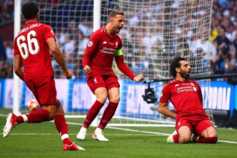 """""""Κόκκινη"""" για έκτη φορά η… κούπα του Champions League!"""