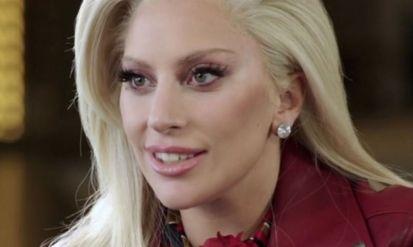 H Lady Gaga δημιουργεί σειρά καλλυντικών