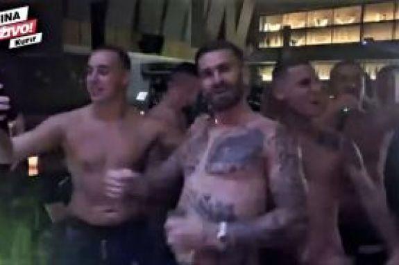 Βίντεο – σοκ: Βράνιες, Λιβάγια και παίκτες της ΑΕΚ βρίζουν εν χορώ τον Ολυμπιακό (vid)