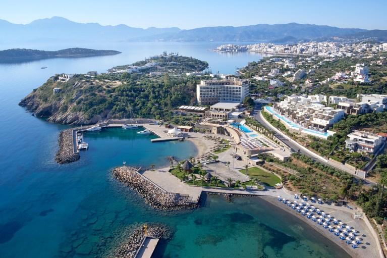 """""""Top Mediterranean Resort"""" το ξενοδοχείο Wyndham Grand Mirabello"""
