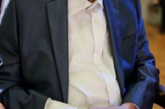 Πασίγνωστος Έλληνας ηθοποιός μεταφέρθηκε εσπευσμένα στο νοσοκομείο