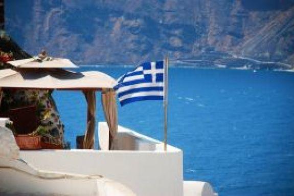 Τουρισμός: Πώς θα έρχονται οι τουρίστες στην Ελλάδα – Πότε θα μπαίνουν σε καραντίνα