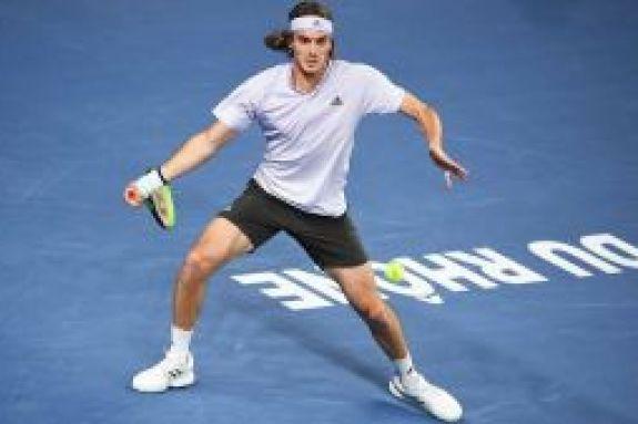 Ο Τσιτσιπάς θα λάβει μέρος στο Ultimate Tennis Show