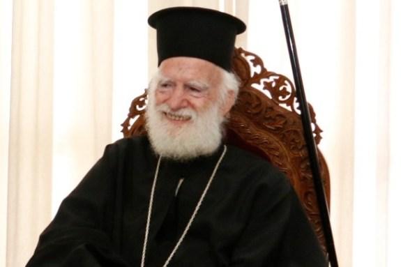 Στη ΜΕΘ του ΠΑΓΝΗ νοσηλεύεται ο Αρχιεπίσκοπος Κρήτης Ειρηναίος