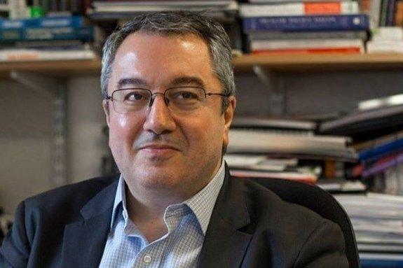 Μόσιαλος: «Οι επόμενοι τρεις μήνες είναι δύσκολοι αλλά είμαστε κοντά στο τέλος»