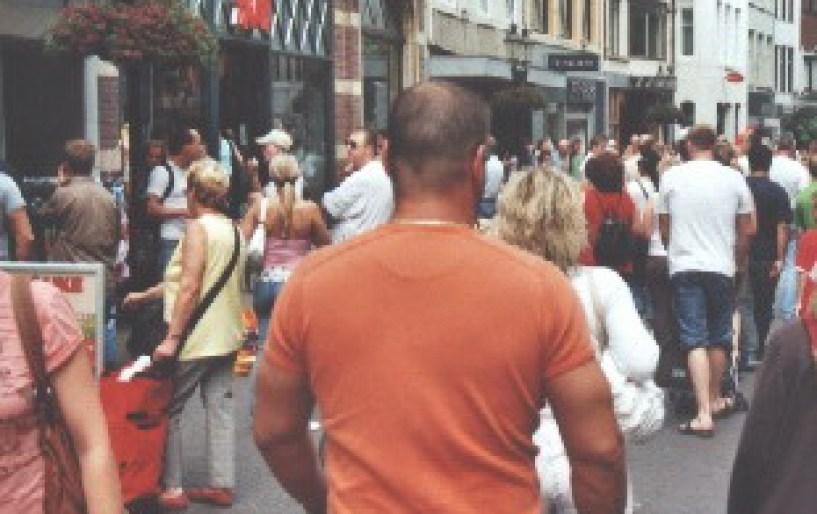 Ολλανδία: Φρένο σε 1500 φιλάθλους