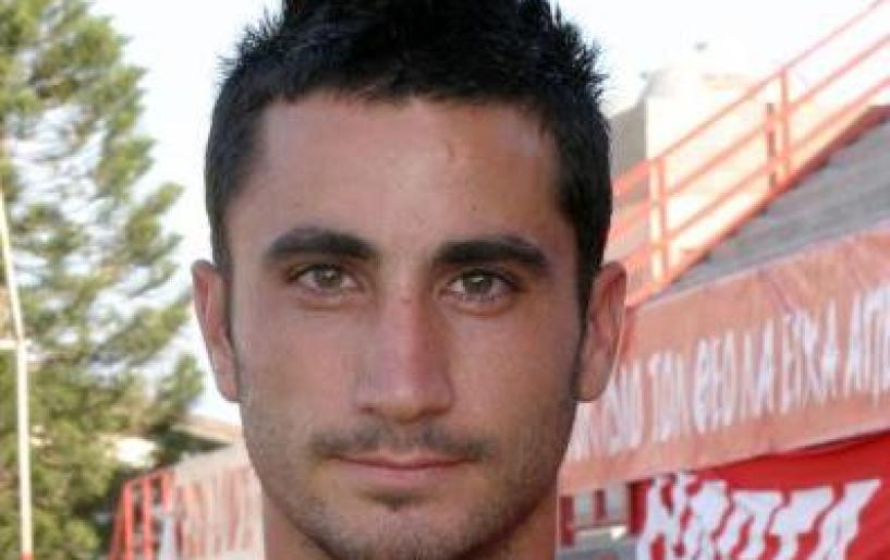 Δοκιμάζει τον Κύπριο Παναγιώτη Ασσιώτη