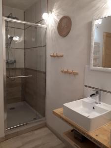 Chambre naturelle - Salle de bain