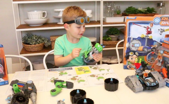 Problem Solving And Learning With Rusty Rivets Toys At