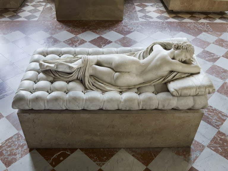 Hermaphrodite endormi 1619 - Le Bernin -