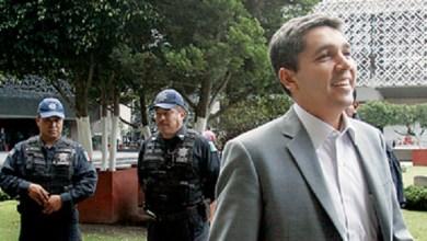 Luisa María Calderón, alias la Cocoa, tiene pruebas de sus acusaciones, tal vez espera que un gallito le brinque con una denuncia por difamación y, ante las autoridades, sacar a relucir las pruebas