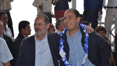 Cortés Mendoza señaló que los gobiernos del PRD dejaron en la entidad una multimillonaria deuda y los del PRI fueron una pena, con tres gobernadores y medio