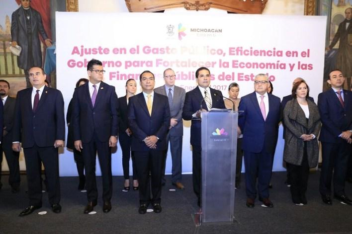 """Además, Aureoles Conejo anunció el Plan """"Más barato, sano y nutritivo"""", que acercará al productor con el consumidor y la creación de un fondo de 100 mdp para proyectos productivos"""