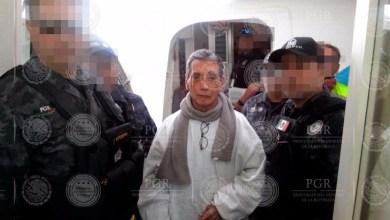 En 1999 fue acusado de delitos relacionados con lavado de dinero y narcotráfico: estuvo prófugo por dos años y fue detenido en mayo de 2001; en 2008 fue sentenciado a 36 años y 9 meses de prisión, pero su condena fue rebajada a 22 años y 7 meses de cárcel