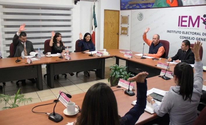 Luego de la exposición y discusión del proyecto, los Consejeros integrantes del Consejo General del IEM aprobaron por unanimidad el porcentaje requerido por los integrantes de la planilla, registrados como candidatos independientes