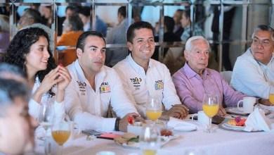 """""""Aquí, en Uruapan, los productores necesitan que se establezcan nuevas rutas comerciales para comercializar sus productos con seguridad"""", señaló Antonio García Conejo"""
