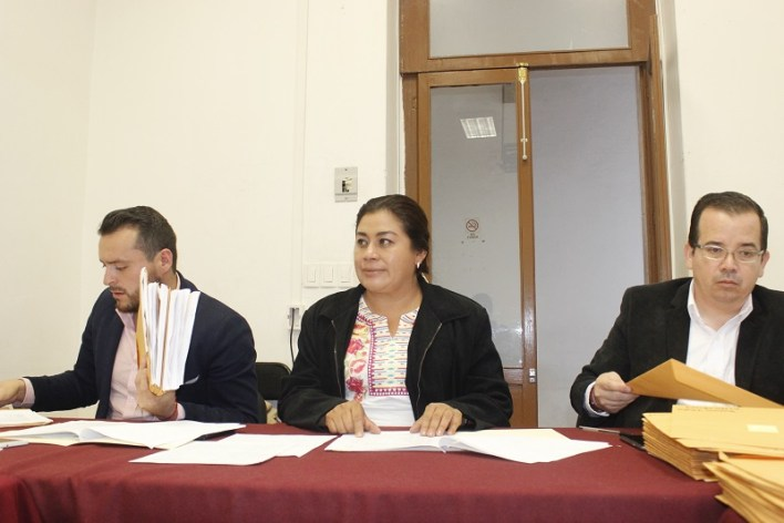 La diputada Belinda Iturbide informó que se han revisado todos los trabajos y el próximo viernes a la una de la tarde, se reunirán para determinar quiénes integrarán el 6° Parlamento Juvenil