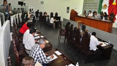 """Los diputados del Morena argumentan que la modificación al marco legal sólo busca promover y defender la inversión y desarrollo para Tabasco dejando atrás las """"viejas y amañadas"""" prácticas de las licitaciones públicas"""