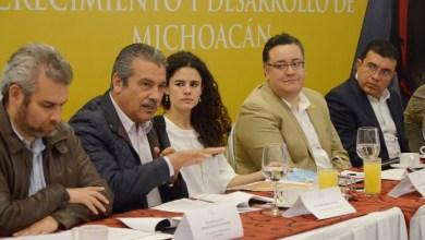 Morón Orozco comentó que para lograr el cambio y la transformación que todos los mexicanos queremos, se requiere la participación activa y el entusiasmo de todos los sectores de la población