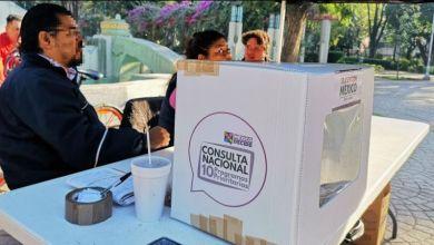 El corte de las 22:00 horas de este domingo señaló que desde las 8:00 horas y hasta las 18:00 horas se instalaron mil 97 mesas de votación en 538 municipios del país, es decir, el 99 por ciento del total
