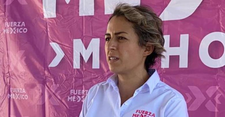 Karla Martínez, Fuerza por México