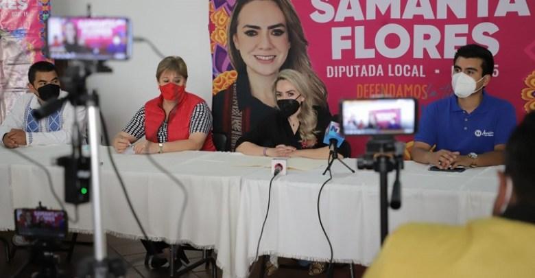 Samanta Flores