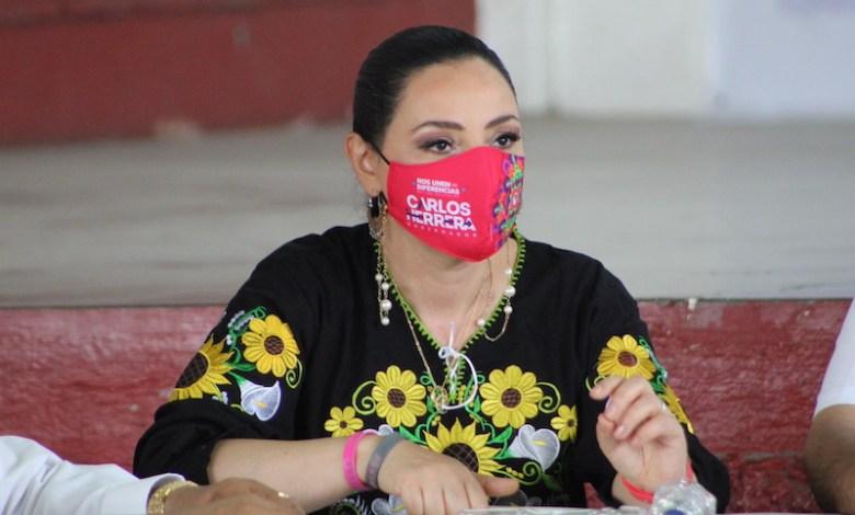 Adriana Hernández Íñiguez