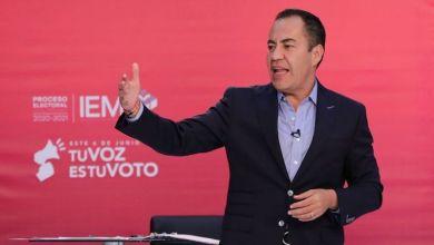 Carlos Herrera Tello, debate