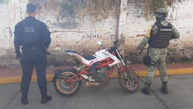 moto robada, Policía Michoacán, Ejército Mexicano