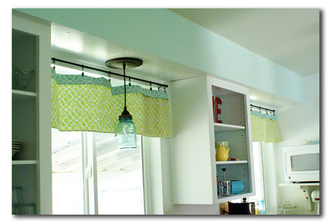 mason jar pendant light in kitchen