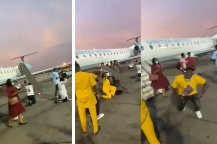 Flight passengers kneel to thank God after surviving a 30 minutes terrible turbulence
