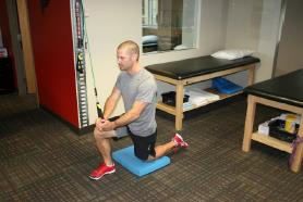 Half Kneeling Diagonal Chop or Lift