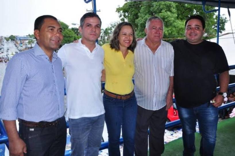 O evento foi prestigiado por autoridades da região, dentre elas o Diretor da Secretaria Estadual de Industria e Comércio, Eremilson Vieira e a deputada Josi Nunes.
