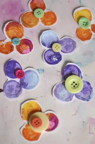 flores-carimbo-botoes