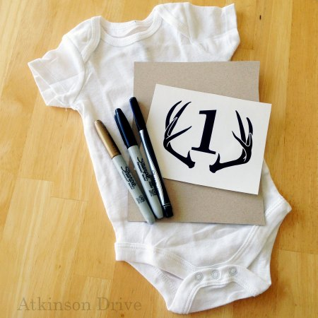 "DIY ""Month by Month"" Infant Onesies (with a free download) 