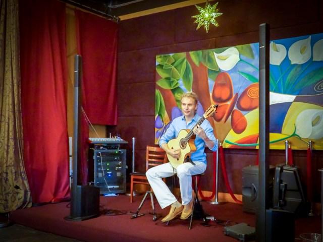 Witold Latin guitarist Atlanta