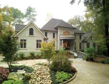New England Homes Curb Appeal