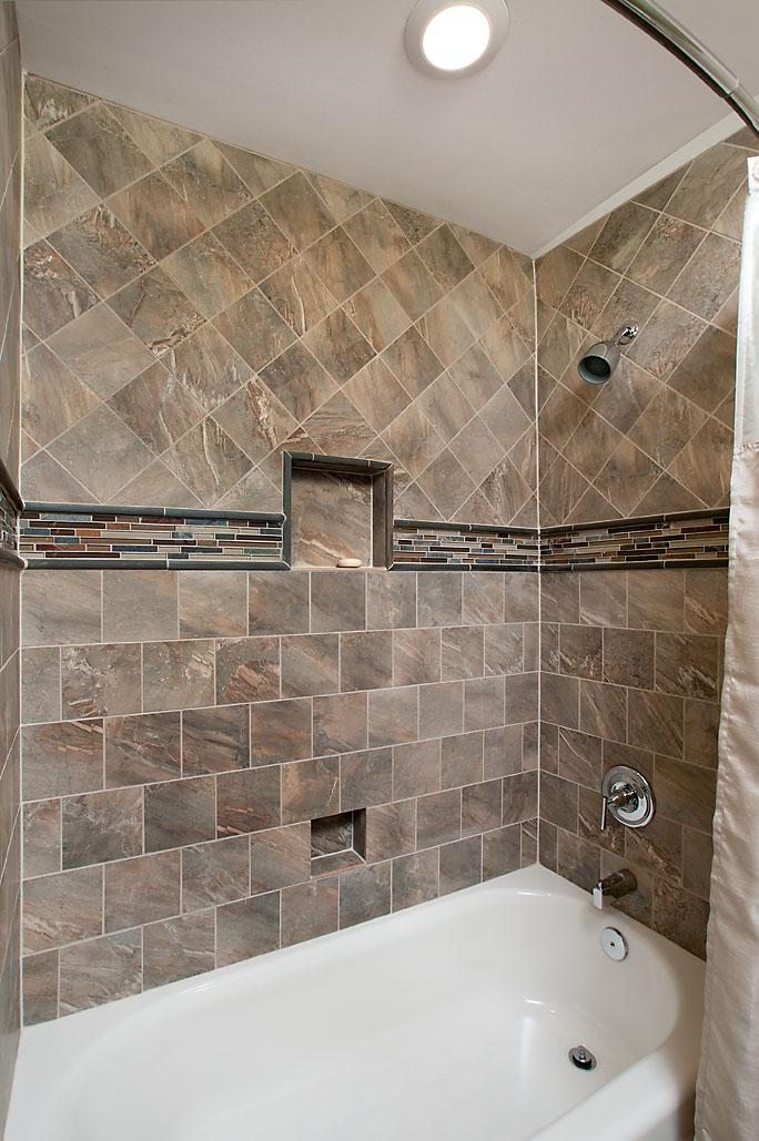 How To Tile A Bathtub Area