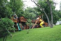 Backyard play spaces in Atlanta - from tree houses to ...