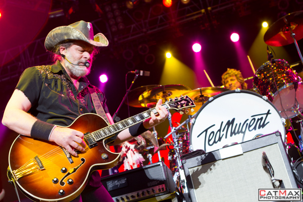 CatMax Photography-Ted Nugent-Verizon Wireless Amphitheater-3151