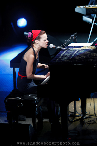 Fiona Apple AMG-15