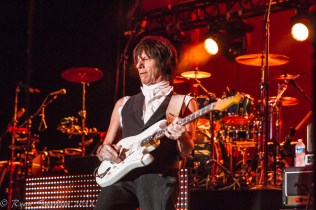 Jeff Beck (1 of 1)-2