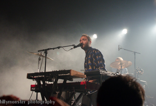 Local Natives (2)