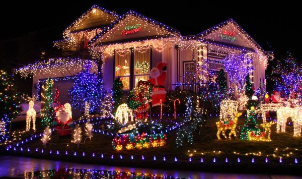 Spectacular Christmas lights on a charming house