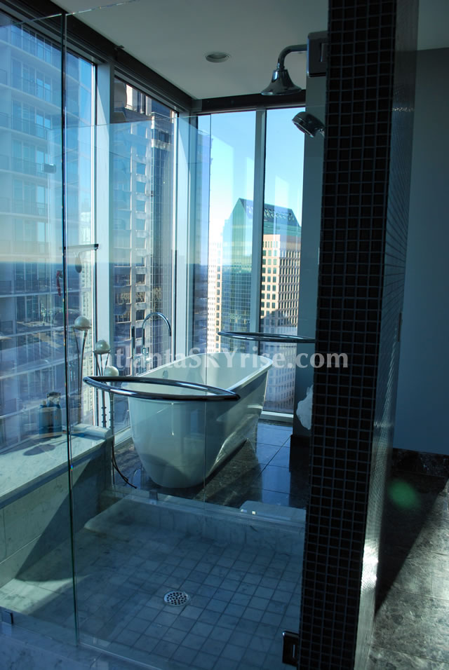 10 Sixty Five at the Loews, Luxury Rentals, atlantaSKYrise.com