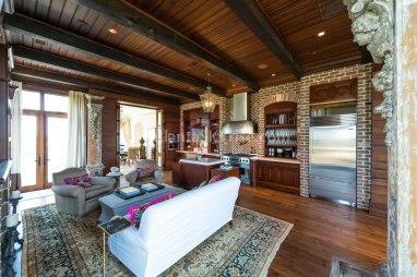 2500 Peachtree Penhouse 902N Great Room 2
