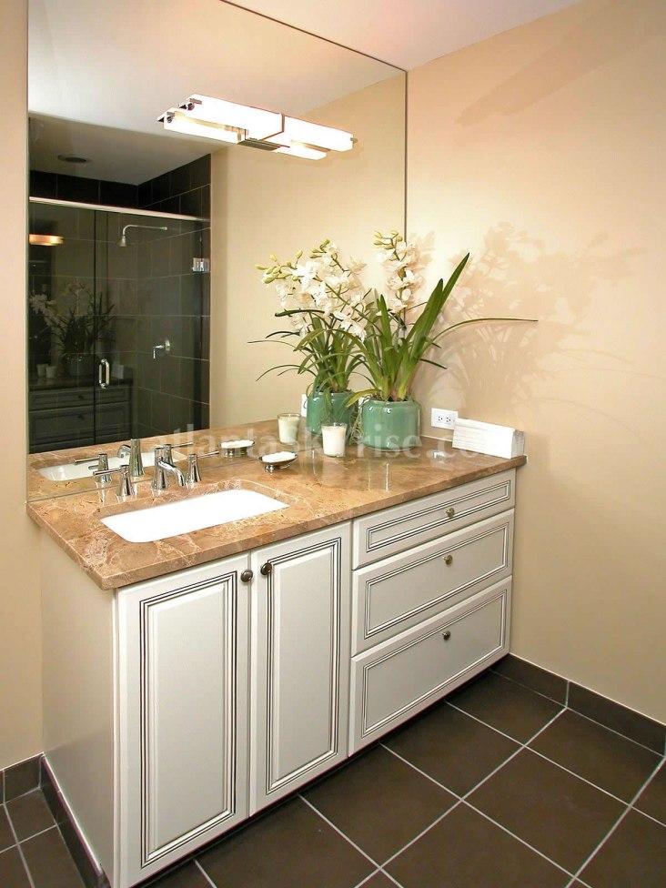 Terminus Unit 2602 Guest Bathroom 1
